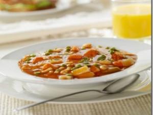 istockphoto_11923321-vegetable-soup.jpg